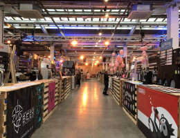 Bespoke_Projects-Beer_festival_Pallet_Bars
